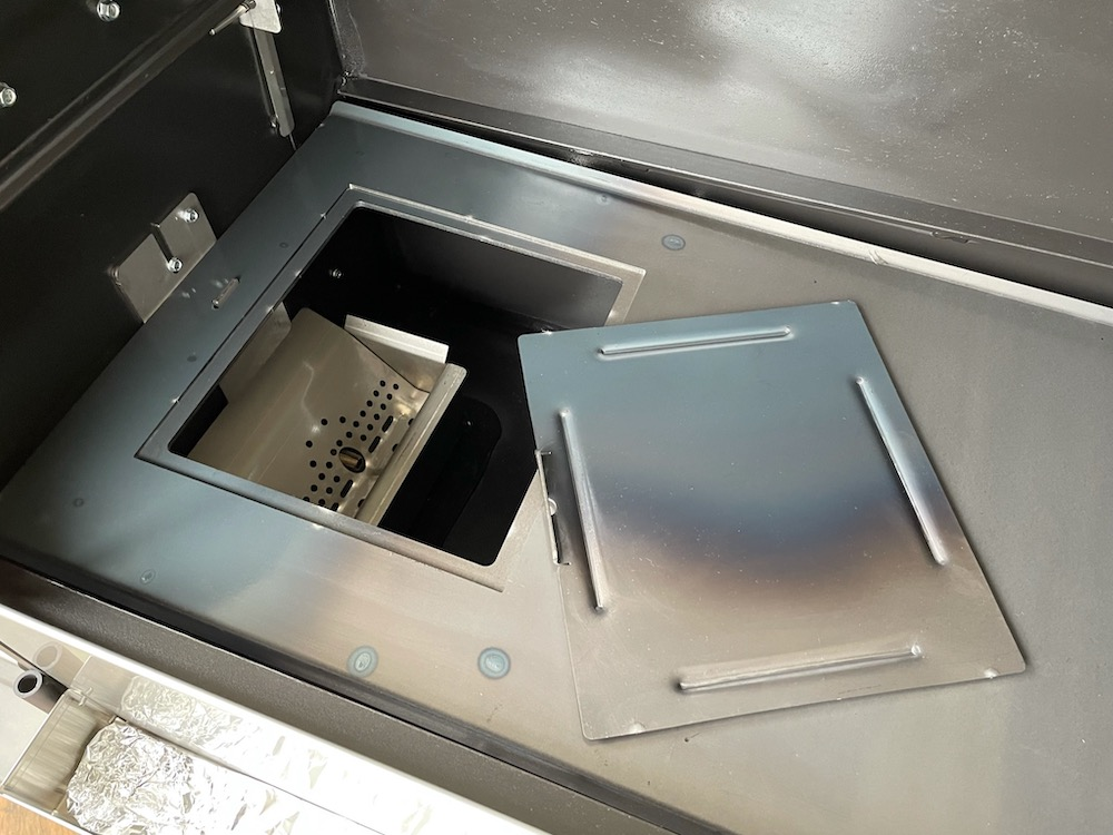 Yoder Smoker - Access door on two-piece diffuser removed